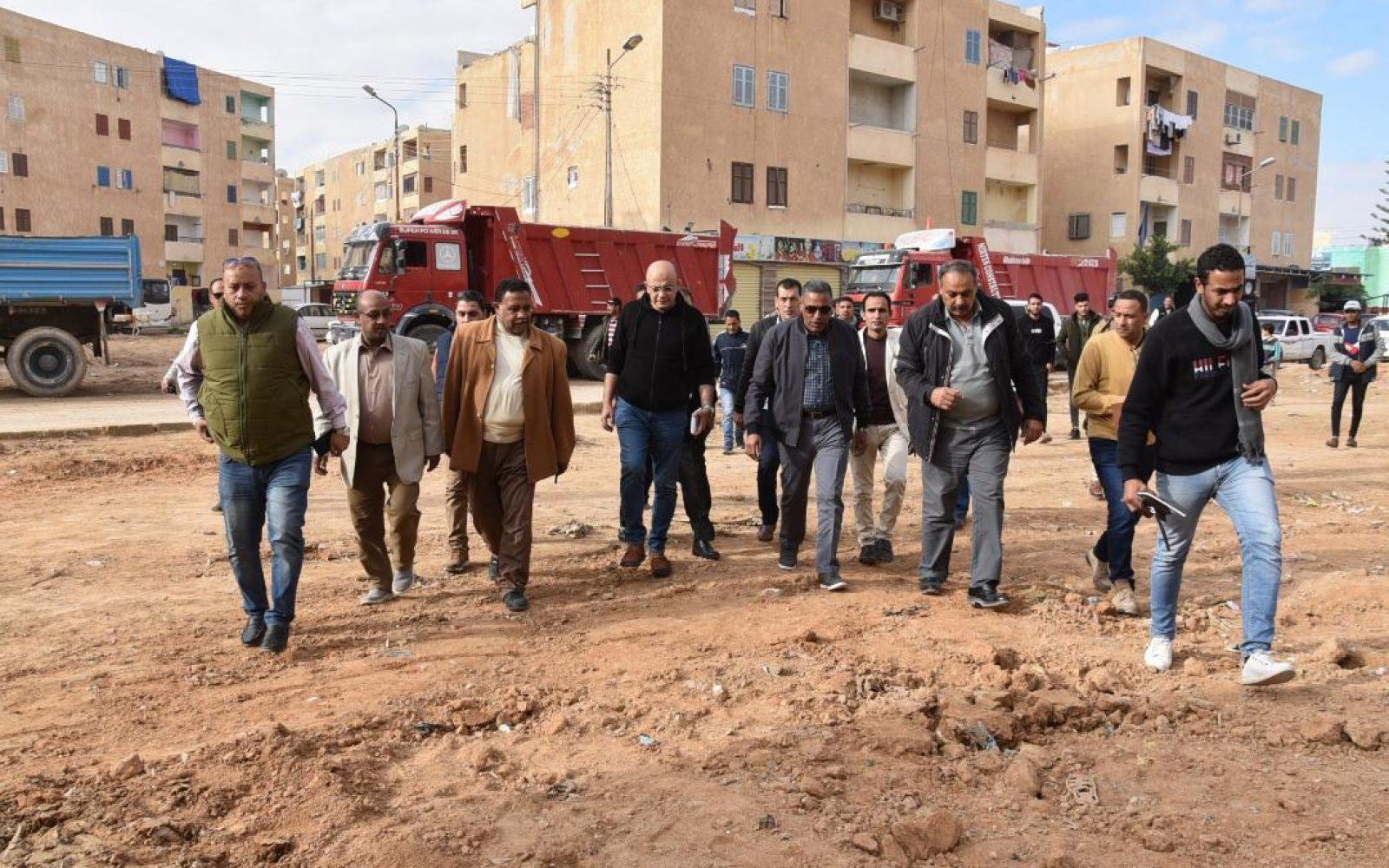 جهاز الشروق   بدء تنفيذ مشروع صيانة للطرق وتنسيق الموقع العام بالمدينة