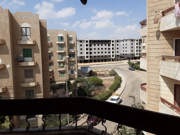 شقة 70 متر واجهة بحري دور ثالث