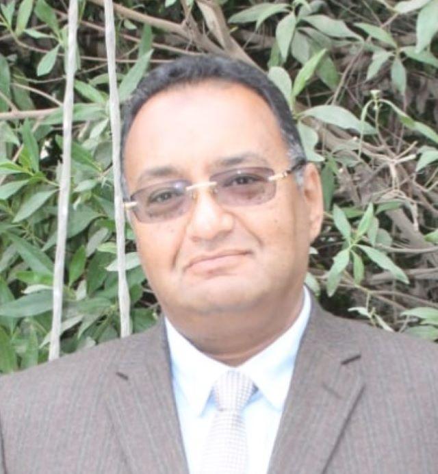 طارق يوسف نائباً لرئيس جهاز تنمية مدينة الشروق.. تعرف على سيرته الذاتية بالمستندات