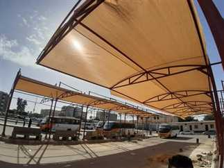 جهاز  الشروق   تركيب مظلات بموقف المواصلات لحماية المواطنين من تقلبات الطقس