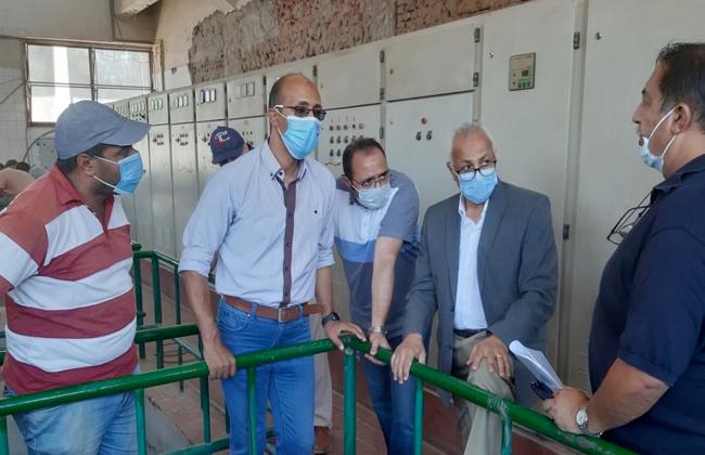 مساعد نائب رئيس هيئة المجتمعات العمرانية يتفقد مشروعات المرافق بمدينة الشروق